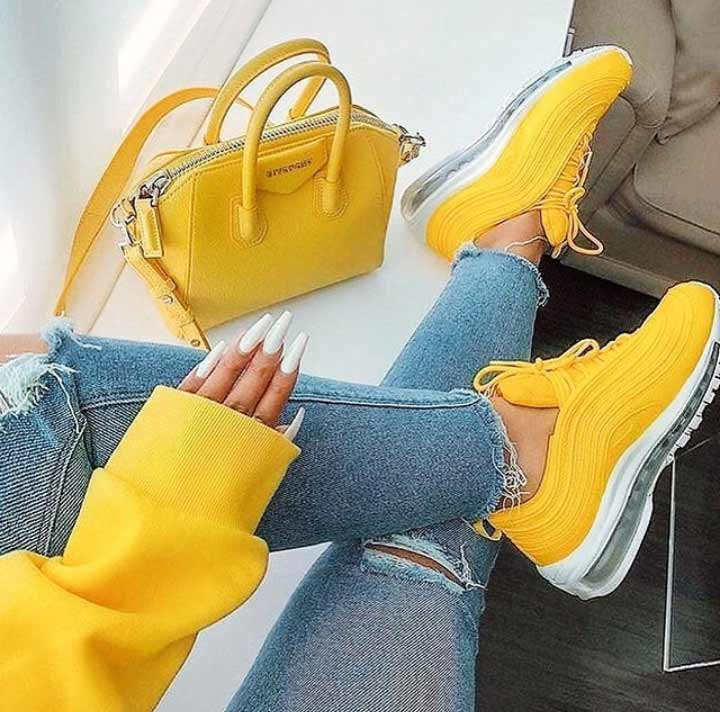 پروفایل زرد دخترانه - عکس پا