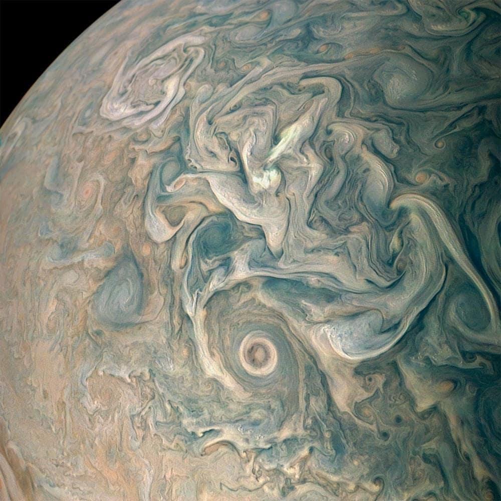 تصویری منحصر به فرد از سطح سیاره مشتری - عکس پروفایل سیاره ها