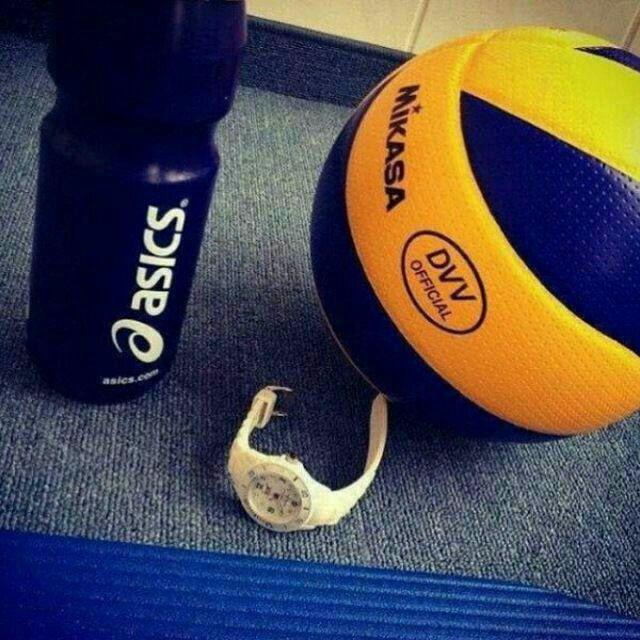 عکس پروفایل دخترونه و پسرونه والیبال - والیبالیستی