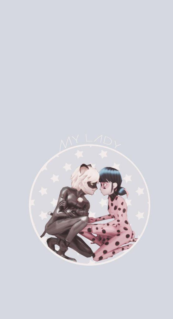 عکس دختر کفشدوزکی و گربه سیاه عاشقانه